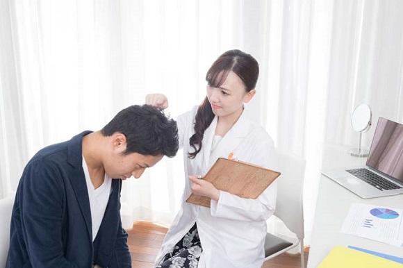 病院やクリニックの治療は保険診療と自由診療の2種類!